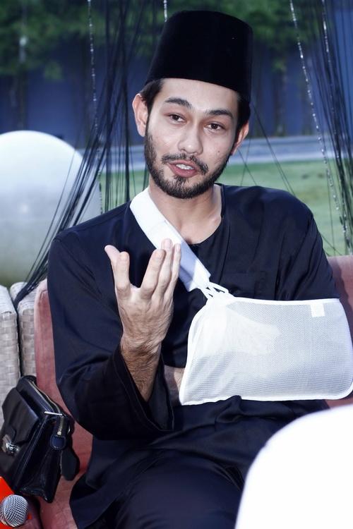 Farid Kamil Kemalangan Accident Motosikal Patah Tulang