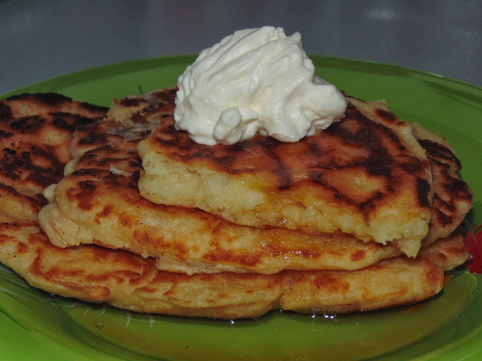 Apple pancakes - recipe (including photos) | Life in Luxembourg