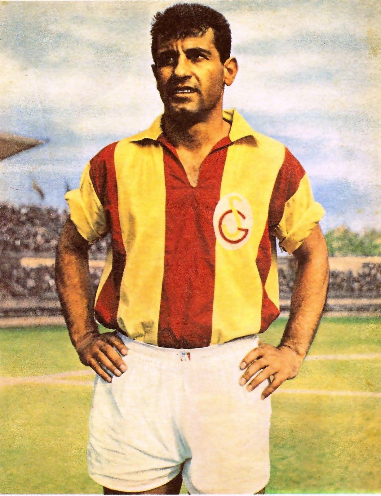 ubuklu Metin En Güzel Galatasaray Futbolcu Resimleri