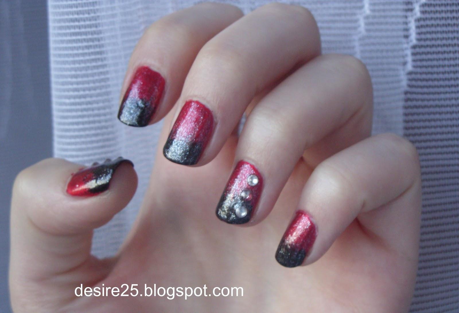 http://desire25.blogspot.com/2013/01/posylwestrowe-wrazenia-makijaz-i-pazurki.html