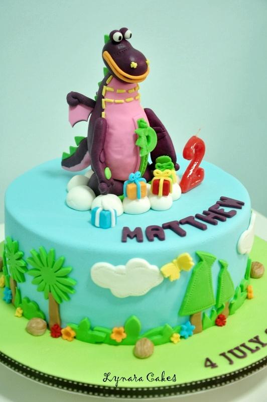 Lynara cakes dibo the gift dragon dibo the gift dragon negle Choice Image