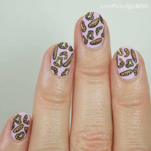 bread nail art