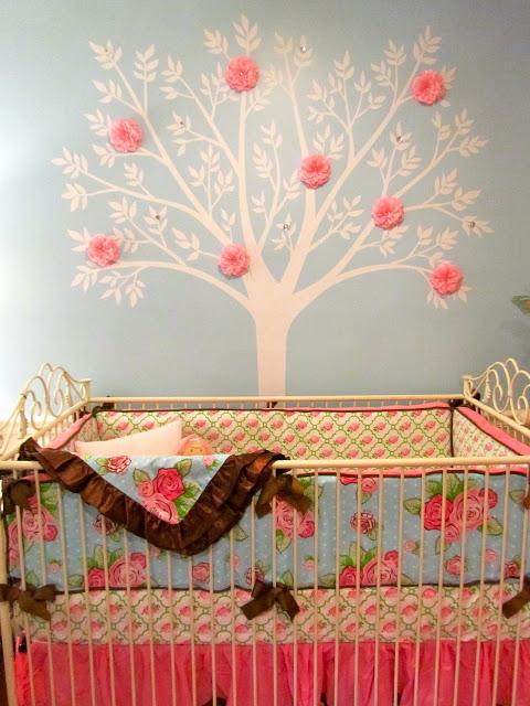 Blue girl nursery : Baby girl nursery tree