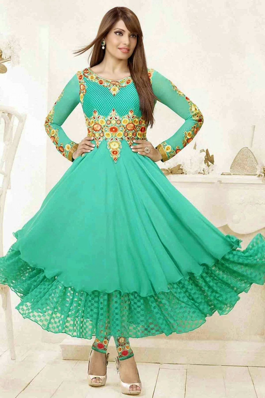 Fashion: Bollywood Celebrities in Designer Anarkali Suits ...