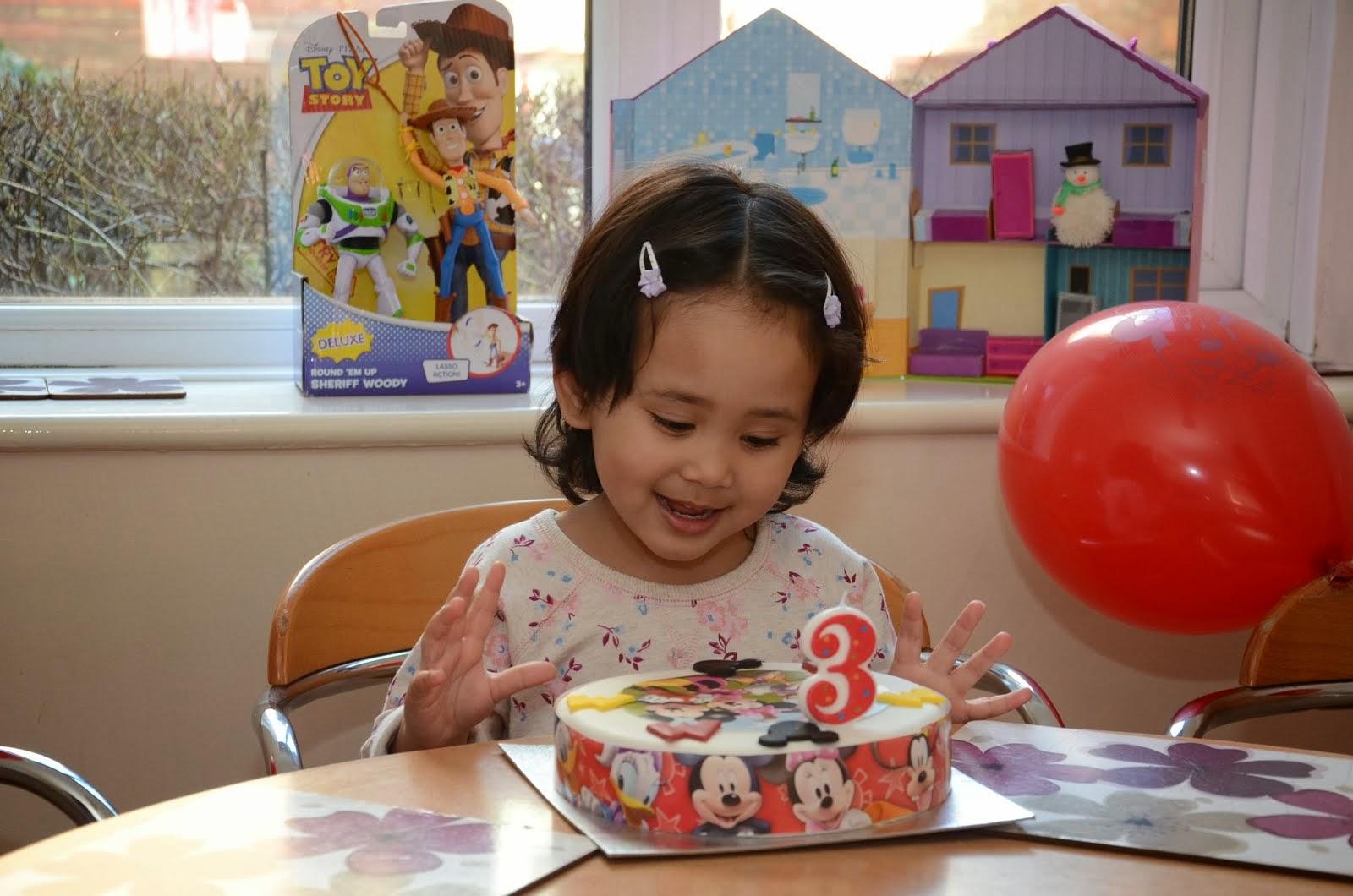 Alma Muzfirah - 3 tahun (2014)