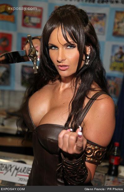 Foto Hot Phoenix Marie
