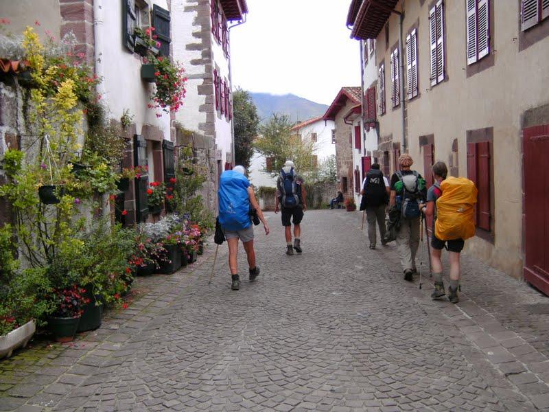 Denise en chemin les pyr n es et st jean pied de port - Les pyrenees saint jean pied de port ...