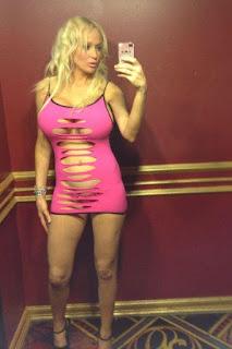 twerking girl - rs-brb_1050626091-725142.jpg