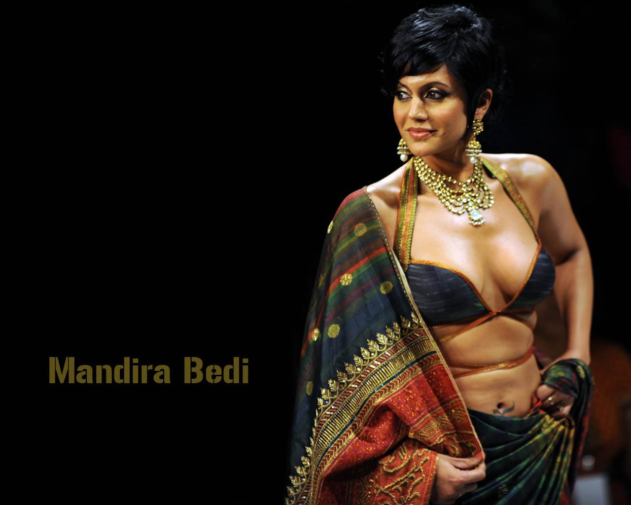 http://4.bp.blogspot.com/-AzzNzCEfWBw/TigkElVQwEI/AAAAAAAACOk/JXo_ADSVzls/s1600/Mandira_Bedi_8.jpg