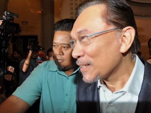 DS Anwar Ibrahim Sah Bersalah Dipenjara 5 Tahun Kerana Meliwat