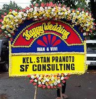 Pesan Papan Bunga Wedding Dekat Hotel Braja Mustika Bogor
