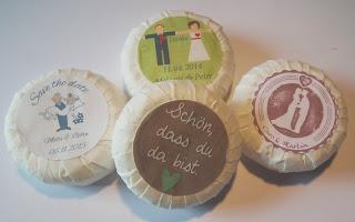 Alle Produkte findet ihr mit ausführlicher Beschreibung unter  www.heldentat-cakepops.de/shop/individuelle-gastgeschenke/