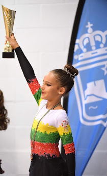 Menina de cascais conquista ouro em espanha