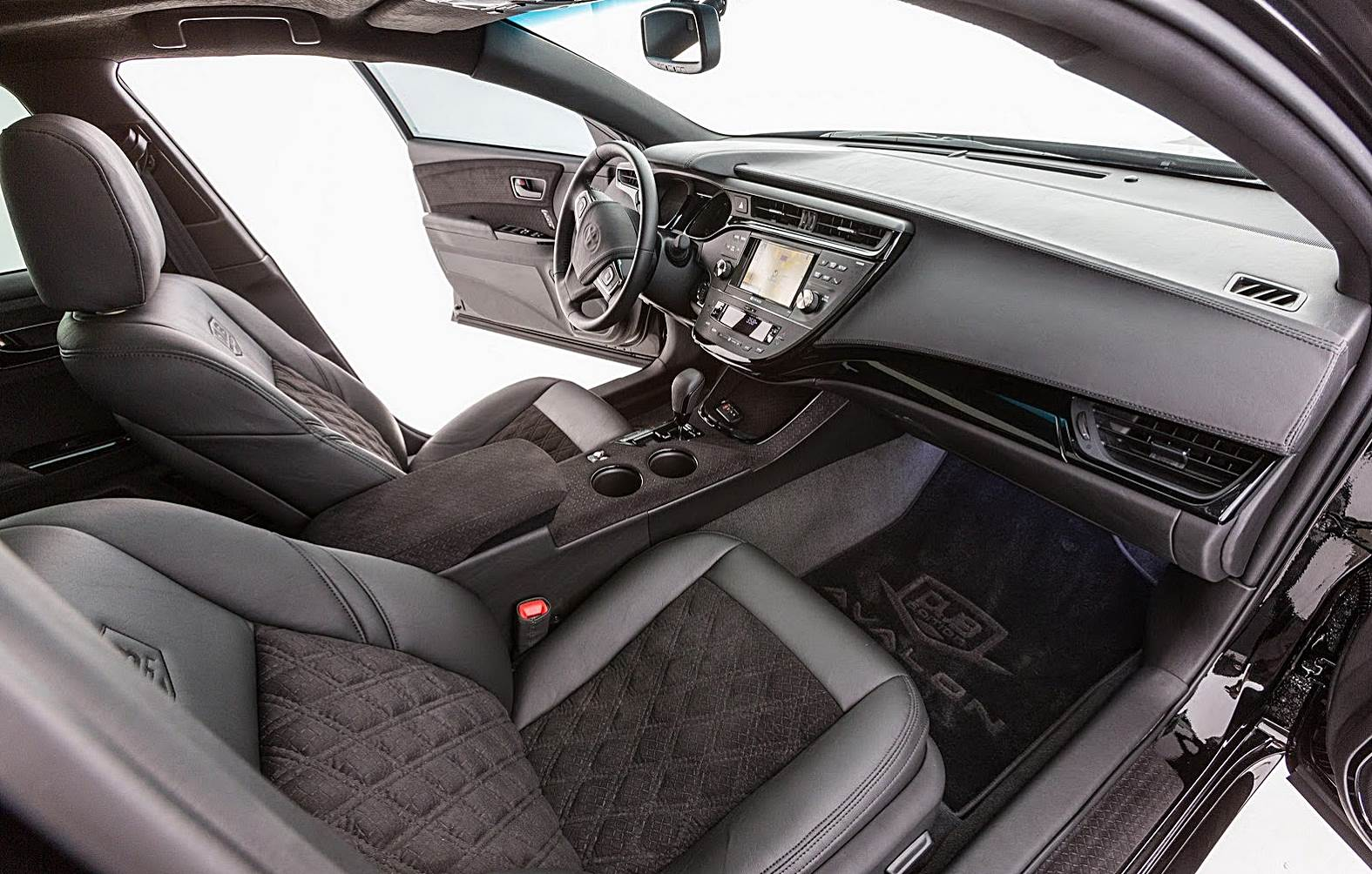 2018 toyota avalon release date