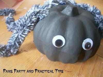 How to make a spider pumpkin