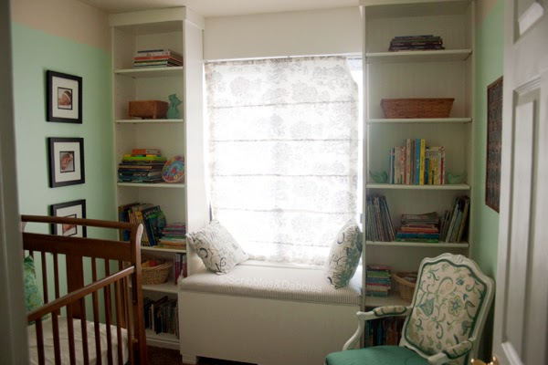 Scribbles&Dabbles: Nursery Makeover -- bookshelves
