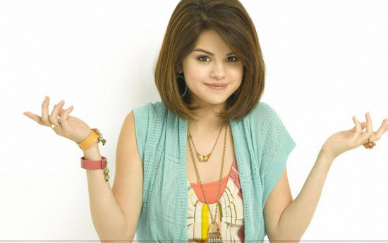 Selly_as_selena_gomez_Fun_Hungama