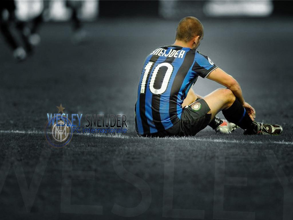 http://4.bp.blogspot.com/-B-tVHf_yeiY/TkIlpltkCeI/AAAAAAAACsE/vWYWEg9ztV0/s1600/Wesley-Sneijder-Wallpaper-2011.jpg