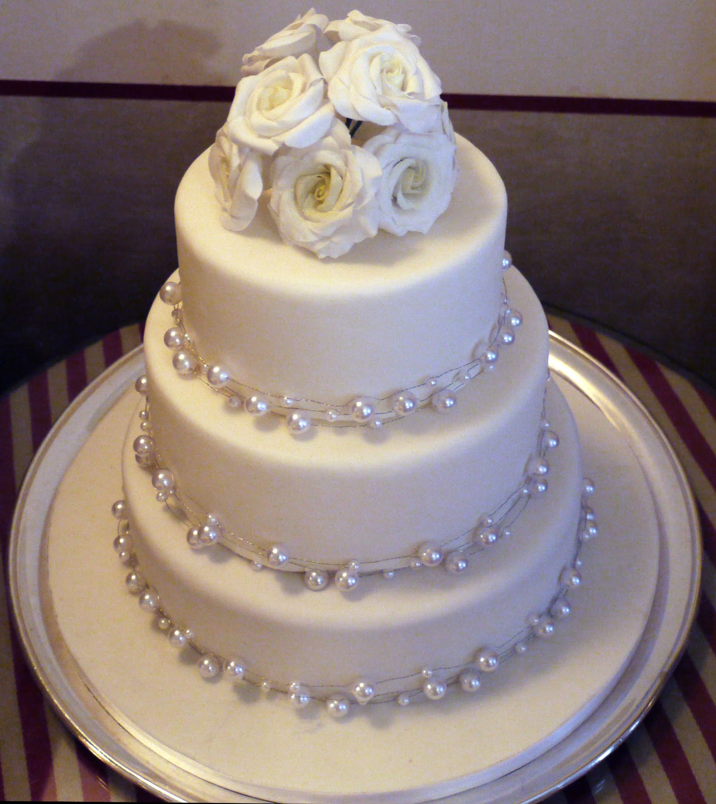 Wedding Cakes Simple 2012