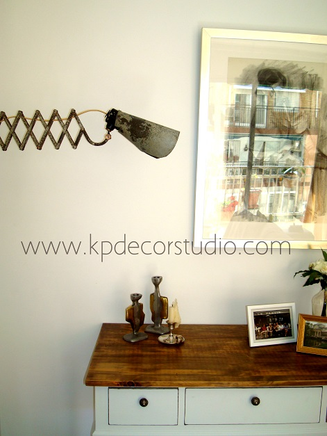 Apliques de pared vintage. Flexo industrial. Decorar con vintage. Flexos con muelle extensible.
