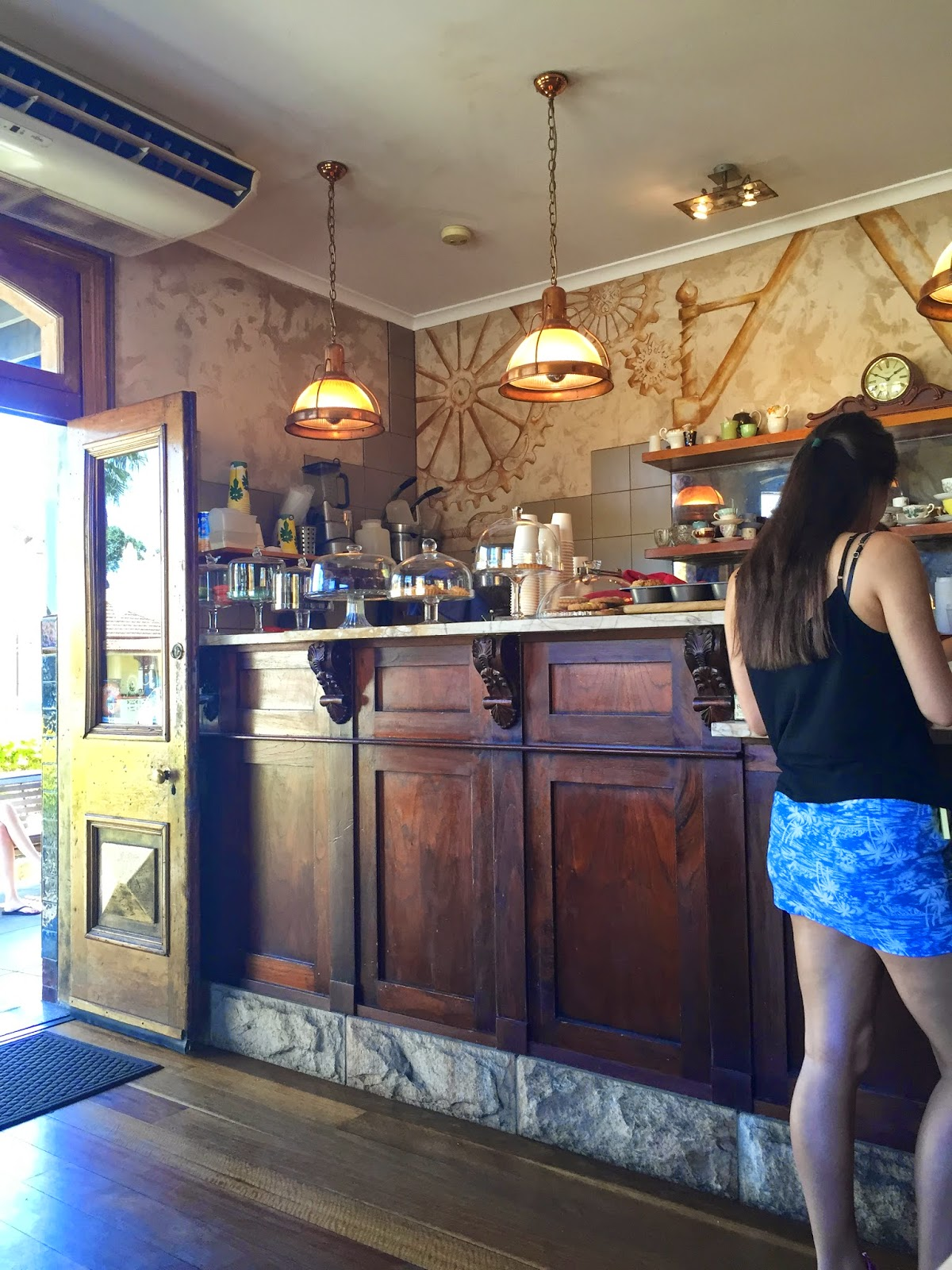 Cassie Cakes Sydney Review Revolver Bar Brisbane Blog Food