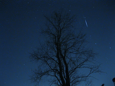 shooting star meteor in big dipper april 2