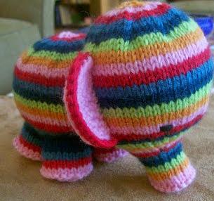 http://susanbanderson.blogspot.com.es/2007/04/page-18-elefante.html