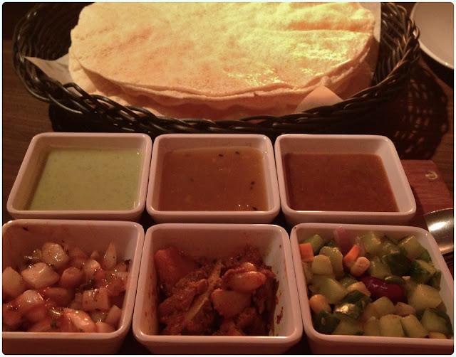 Mughli, Manchester - Poppadoms, Chutney and Pickles