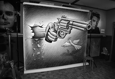 Ben Heine Studio - Pencil Vs Camera 72 - 2013