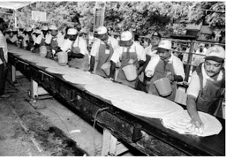 World's longest dosa photo, World's longest dosa picture, World's longest dosa Guinness World Record, 2011 World's longest dosa, ongest dosa in the world, Vijayawada longest dosa world record, Vijayawada dosa Guinness World Record