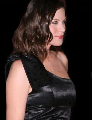 liv_tyler_hollywood_actress_hot_wallpaper_fun_hungama_forsweetangels