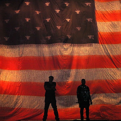 Jay-Z_And_Kanye_West-Watch_The_Throne_Tour_(Live)-(Bootleg)-2011