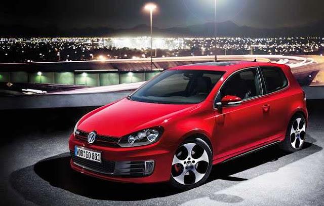 VW Golf GTI merah