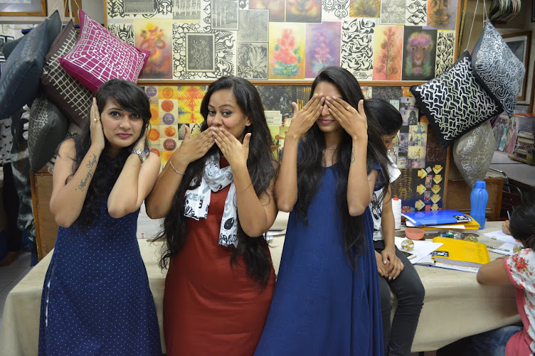 PLACEMENT AND ENTREPRENEURSHIP of Gift Design Institute Students 2015 - 16 India