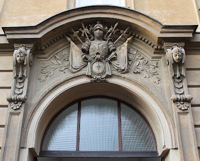 Branimirova 19 - ulaz u zgradu