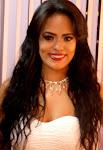 Layz Costa, maquiadora profissional formada pelo ateliê Renata Machado.
