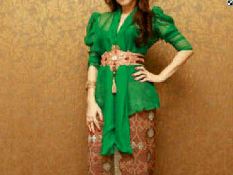 Jegeg Shop: MODEL KEBAYA 2012 NEW