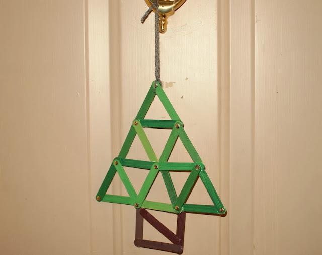 Geometric popsicle stick christmas tree ornament craft for Popsicle stick christmas crafts