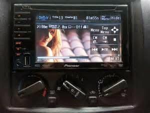 Teknologi suara ASR kami dengan cara automatis kembalikan harmonik yang hilang sepanjang sistem kompresi audio.     ASR sesuaikan tanggapan frekuensi serta desakan suara, terlebih di tinggi serta rendah rentang frekuensi, untuk merevitalisasi kepadatan serta hadirnya tanda dikompresi.  Akhirnya yaitu mutu suara DVD Player Pioneer AVH-P3100DVD yang ditingkatkan dengan pementasan nya, kepadatan serta perasaan dikembalikan ke tingkat CD asli.