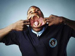 http://mydetik.blogspot.com/2011/06/mulut-terbesar-di-dunia.html
