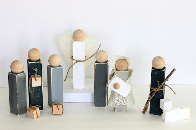 Rustic Wooden Nativity by CleverNestShop on Etsy #woodennativity #pegdollnativity #graywoodennativity