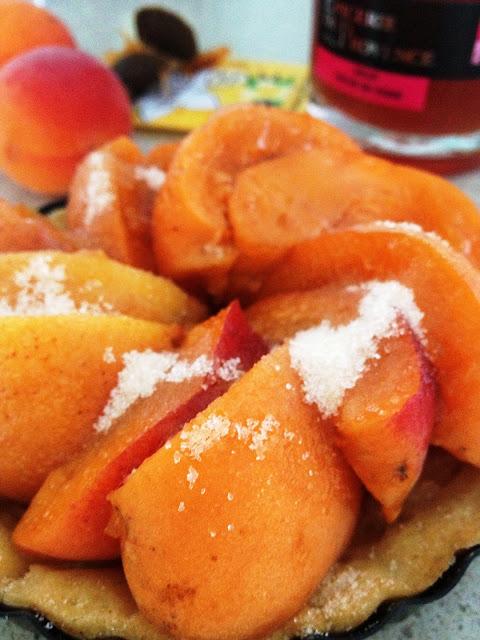 Sweet Kwisine, tarte, abricots, pâte sucrée, amandes