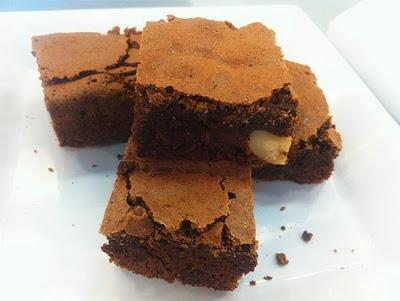 Brownie de chocolate com castanha do pará
