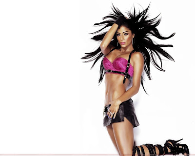 nicole_scherzinger_hot_wallpaper_in_pink_sweetangelonly.com