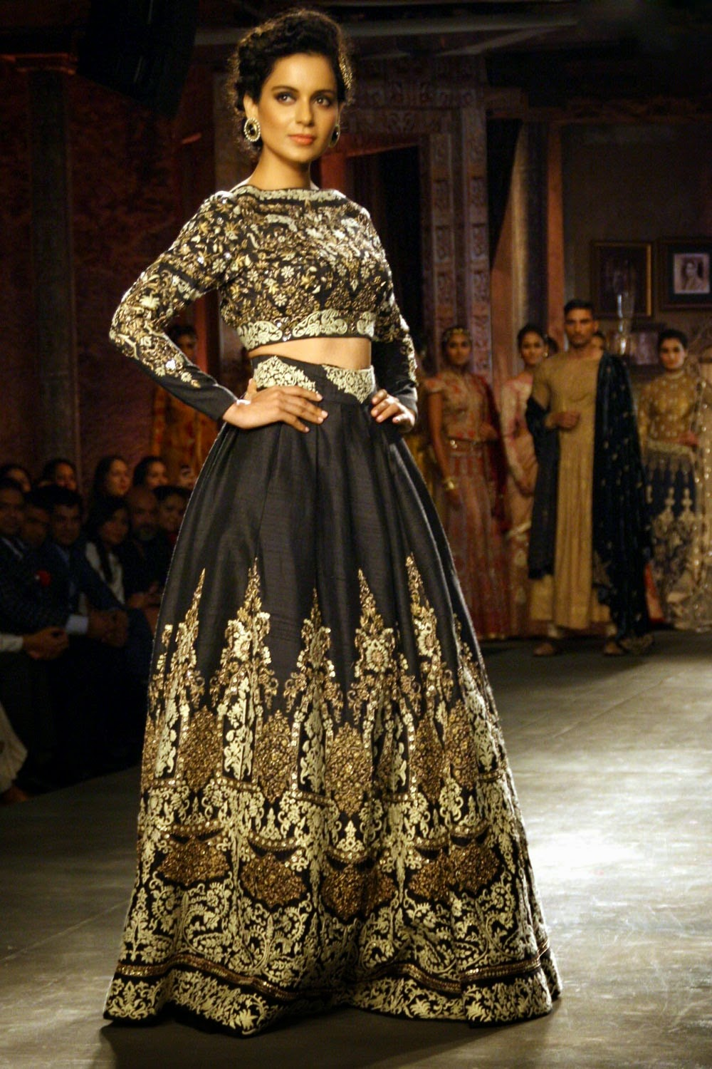 Buy Bollywood Clothes Online Uk