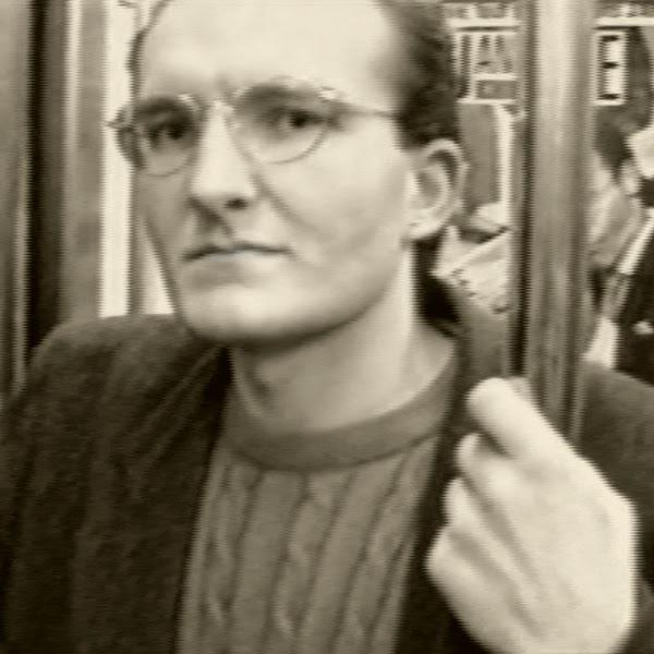 http://germainhuby.blogspot.fr/p/visite-guidee-video-fiction-7-mn-1993.html
