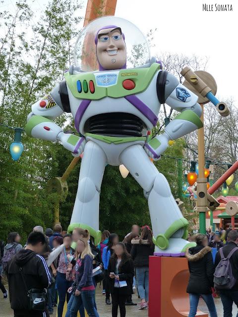 Buzz l'éclair à Disney Studio.