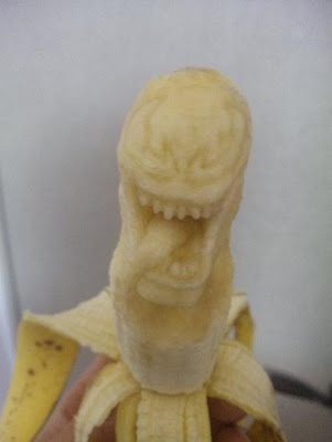 12 Creative 3D Banana Sculptures (12) 6