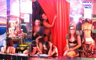 Nana Plaza Bar Girls in Bangkok