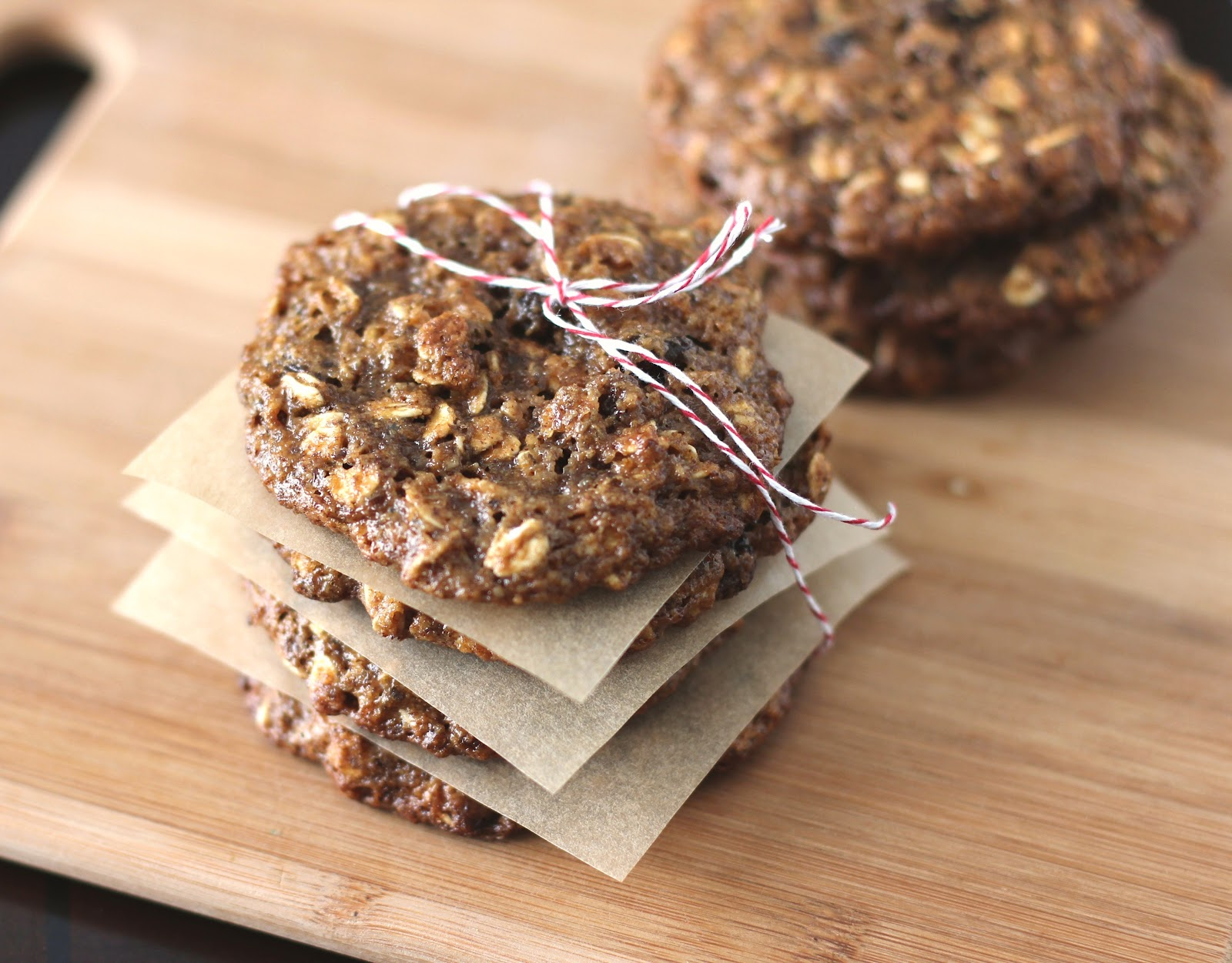 ... Thin and Chewy Oatmeal Raisin Cookies (low sugar, eggless, vegan